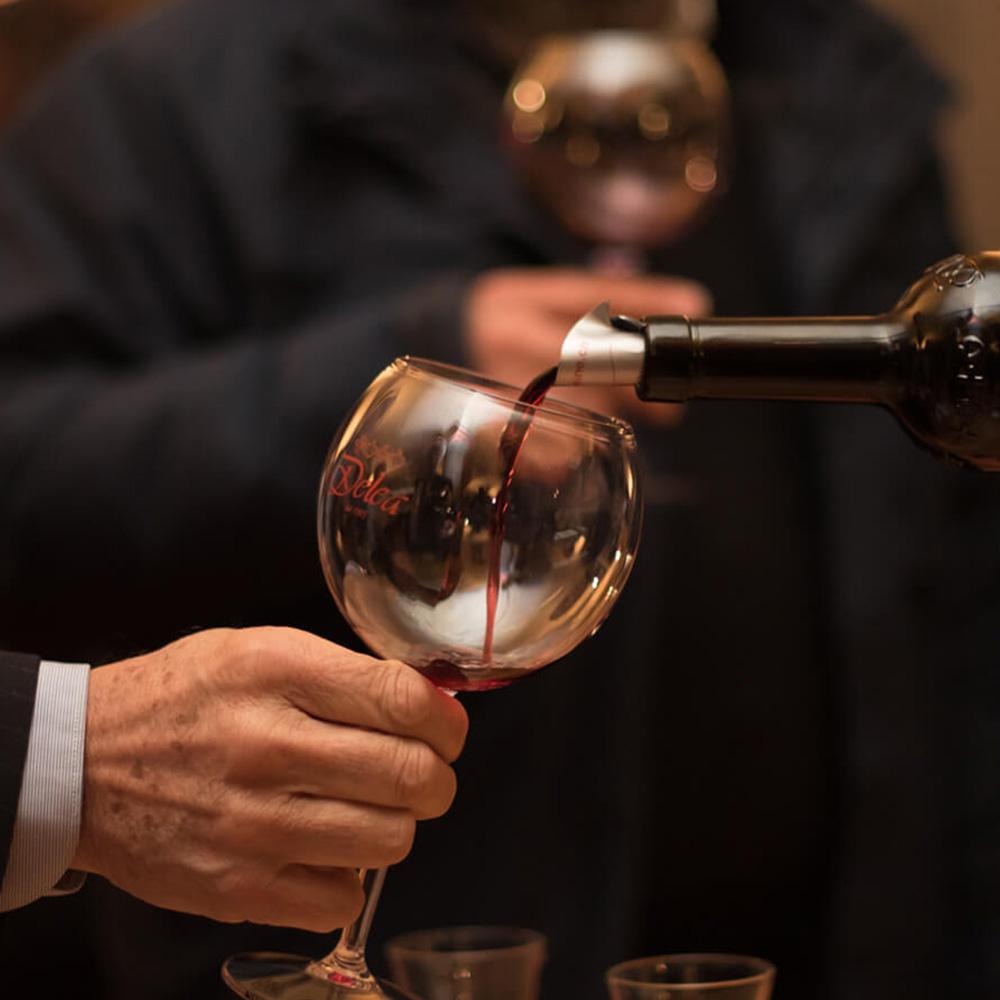 plastové poháre na víno